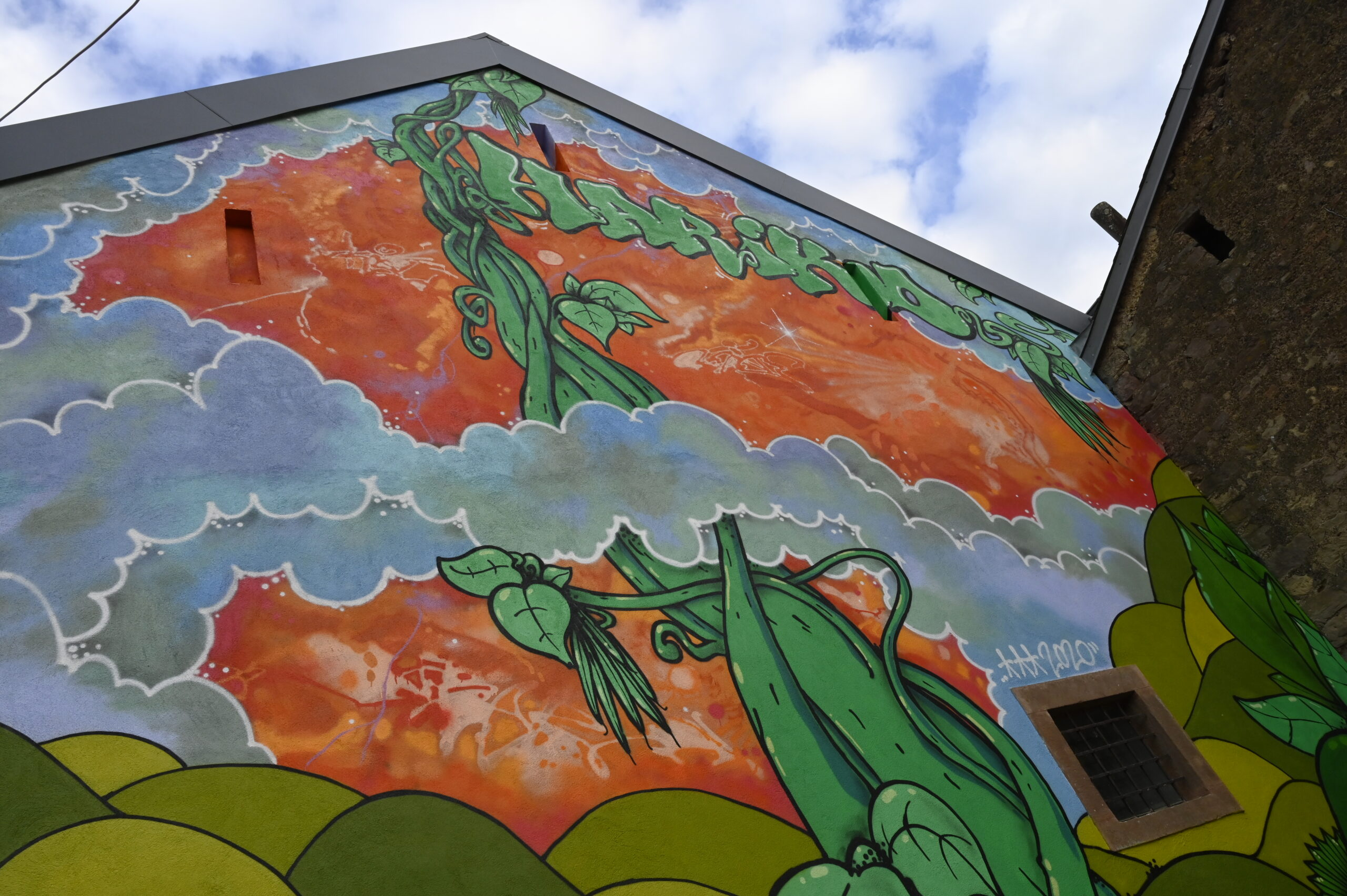 Urban Art réalisé par Stick sur le bâtiment du Hariko