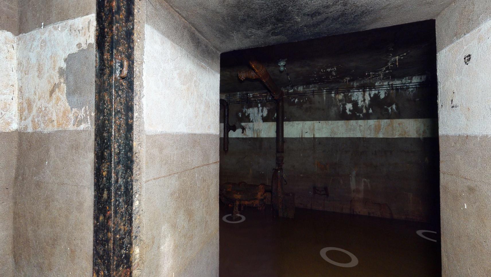 Vue d'un espace du bunker anti-aérien